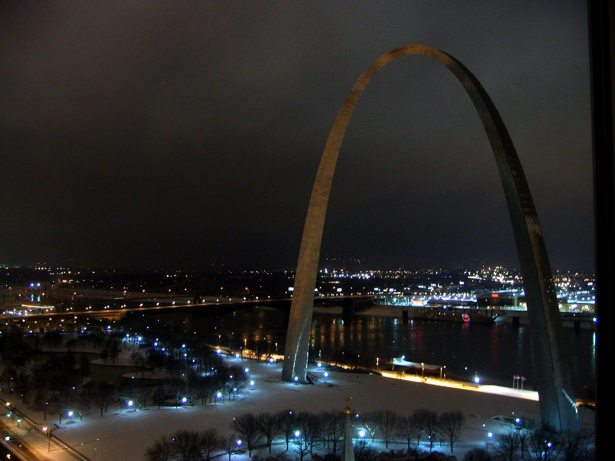 arch landscape 6am.jpg