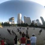 """Cloud Gate: Chicago's big """"egg"""" sculpture at Millenium Park"""