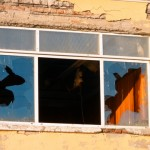 AM radio shows as broken windows